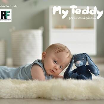 Regala un compagno di coccole al tuo bambino, il coniglietto 🐰My Teddy è soffice, morbido e in grado di suscitare emozioni uniche 🤗 Sicuri e certificati 100%, made in Danimarca 🇩🇰 👉 Siamo distributori esclusivi per l'Italia 🇮🇹 Visualizza subito il catalogo, presente tra le novità del nostro sito, link in bio Per info : ☎️ 071.7108958  #myteddy #peluches #miglioripeluches #rfdistribution #giochiperbambini #coniglietto #peluchesbambini